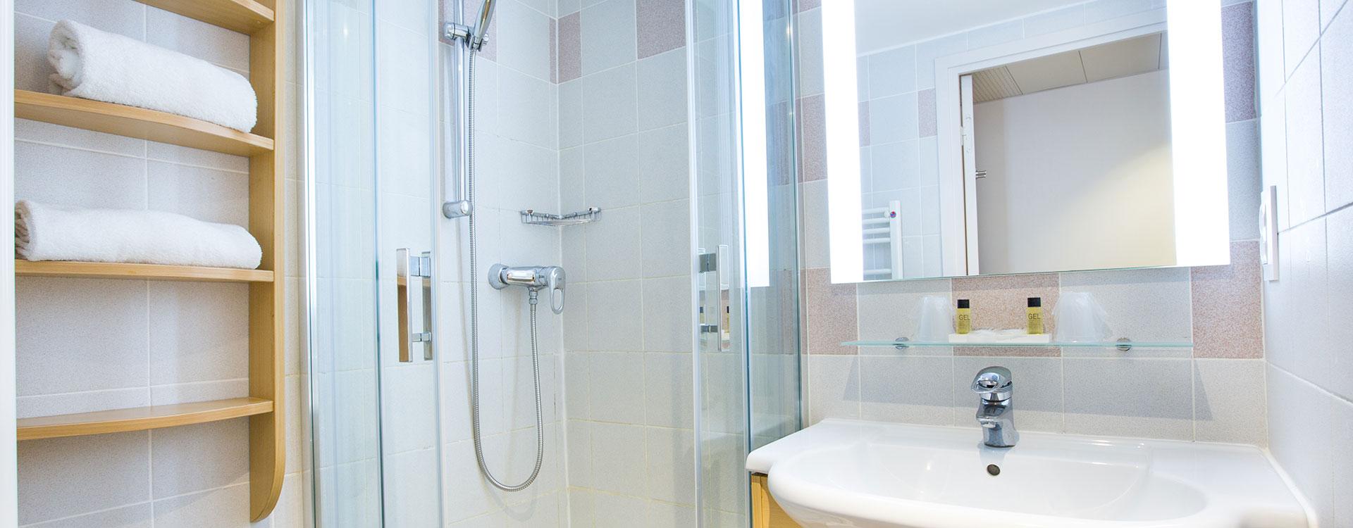 Salle de bain chambre Delcloy
